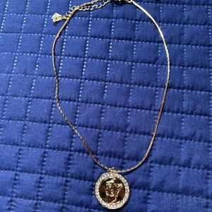 Gold medallion coin necklace